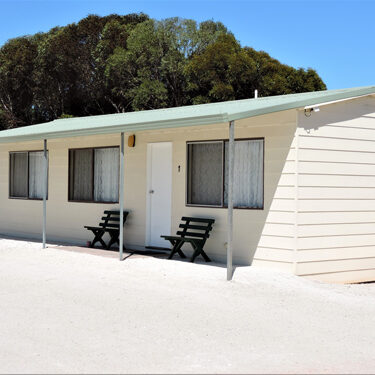 Penong Caravan Park - 1 & 2 Bedroom Cabins available